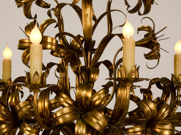 Large Vintage French Gilded Iron Tôle Flower Chandelier, circa 1940 For Sale 8