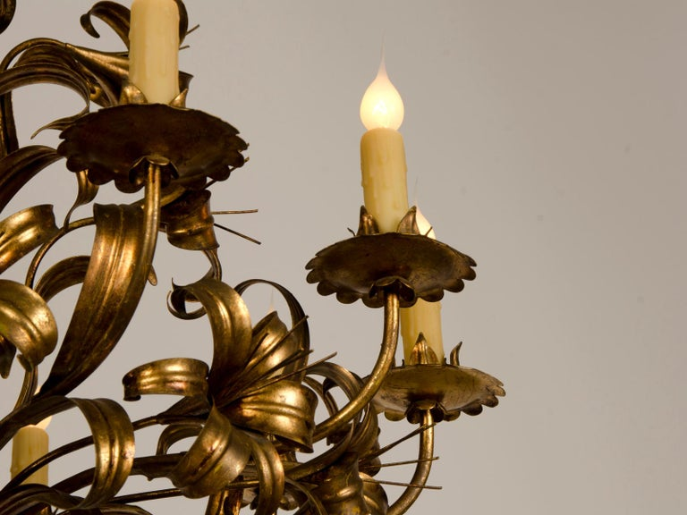 Large Vintage French Gilded Iron Tôle Flower Chandelier, circa 1940 For Sale 9