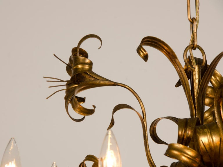 Large Vintage French Gilded Iron Tôle Flower Chandelier, circa 1940 For Sale 3