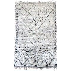 Large vintage Geometrical Morrocan wool rug carpet Beni Ouarain