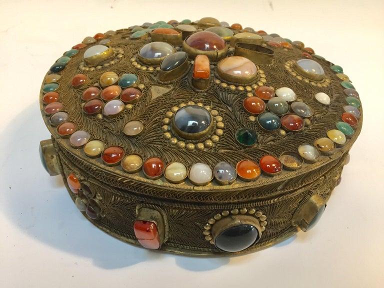Large Vintage Agate Inlaid Moorish Wedding Jewelry Dressing Box For Sale 7