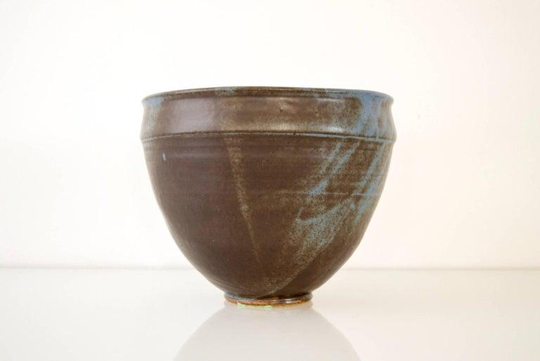 American Large Vintage Midcentury Handmade Ceramic Pottery Blue Decorative Bowl, 1960s For Sale