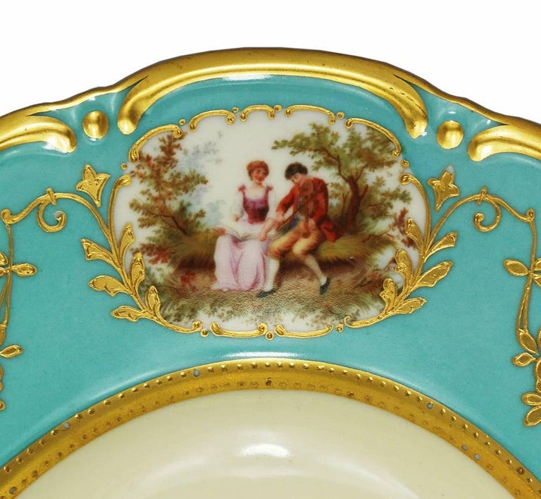 Large Aqua Blue Soup Tureen Underplate Thomas Bavaria, circa 1930 In Excellent Condition For Sale In Austin, TX