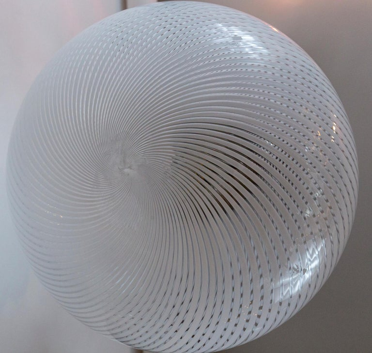 Large Vintage Venini Tier-Drop Swirl Pendant Fixture In Good Condition For Sale In Westport, CT