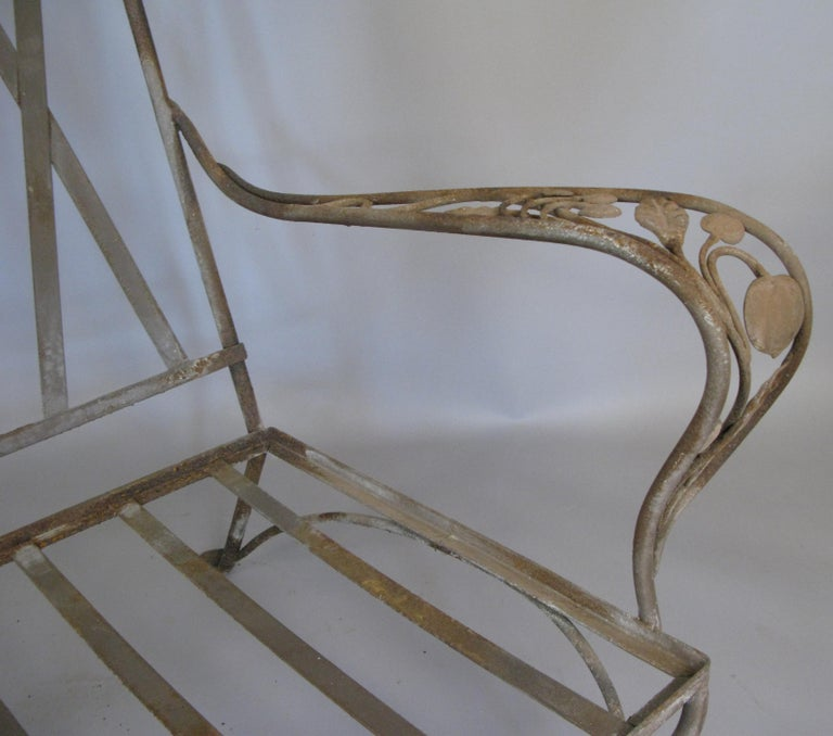 Large Vintage Wrought Iron Settee by Salterini In Good Condition For Sale In Hudson, NY