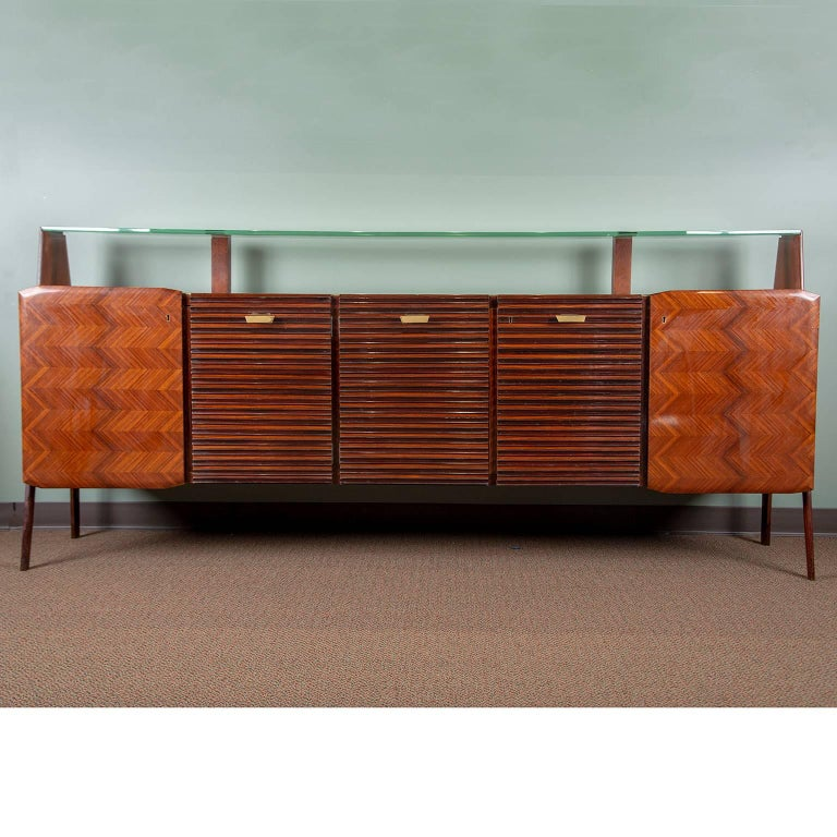 Large Vittorio Dassi Style Italian Sideboard For Sale 12
