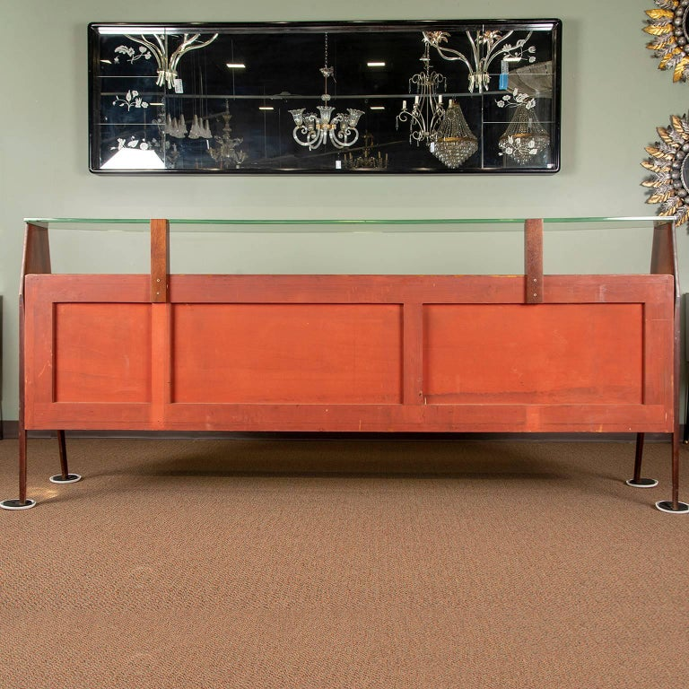 20th Century Large Vittorio Dassi Style Italian Sideboard For Sale