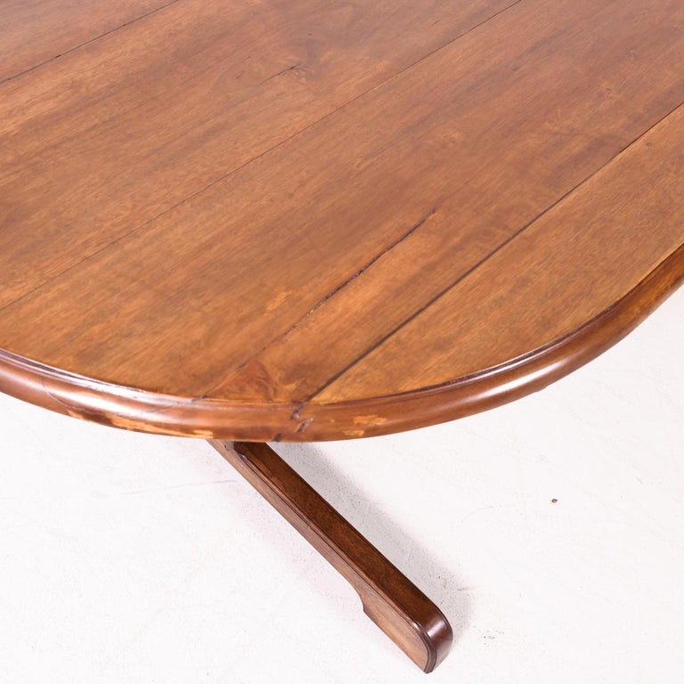 Large Walnut 19th Century French Oval Vendange Table or Wine Tasting Table For Sale 3