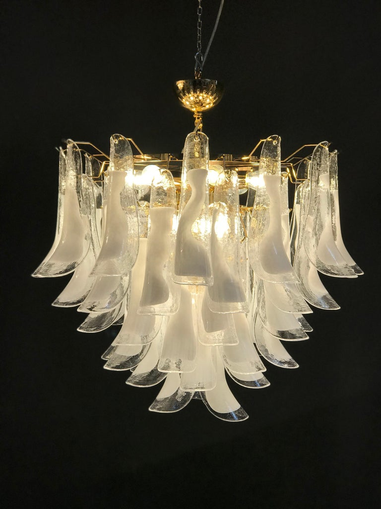 Large White Tulip Petals Murano Chandelier or Ceiling Light For Sale 2