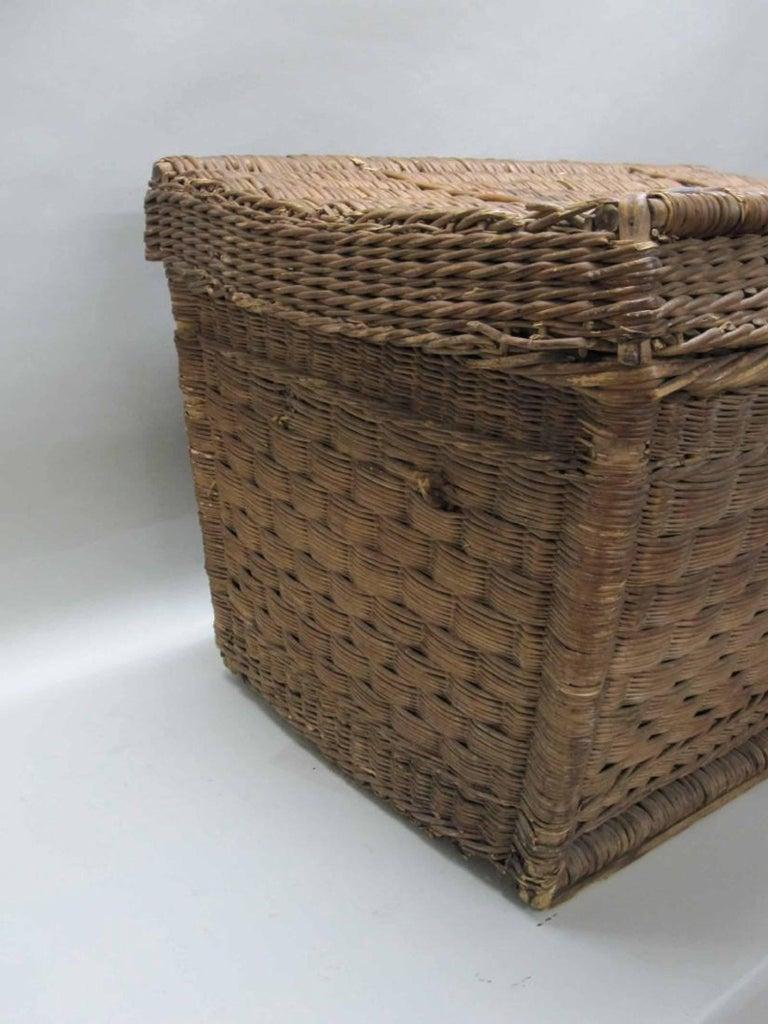 European Large Wicker Basket Trunk For