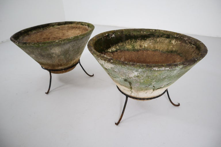 Mid-Century Modern Large Willy Guhl Garden Stone Planters on Stands, Switzerland, 1960s For Sale