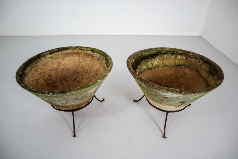 Large Willy Guhl Garden Stone Planters on Stands, Switzerland, 1960s In Good Condition For Sale In Almelo, NL