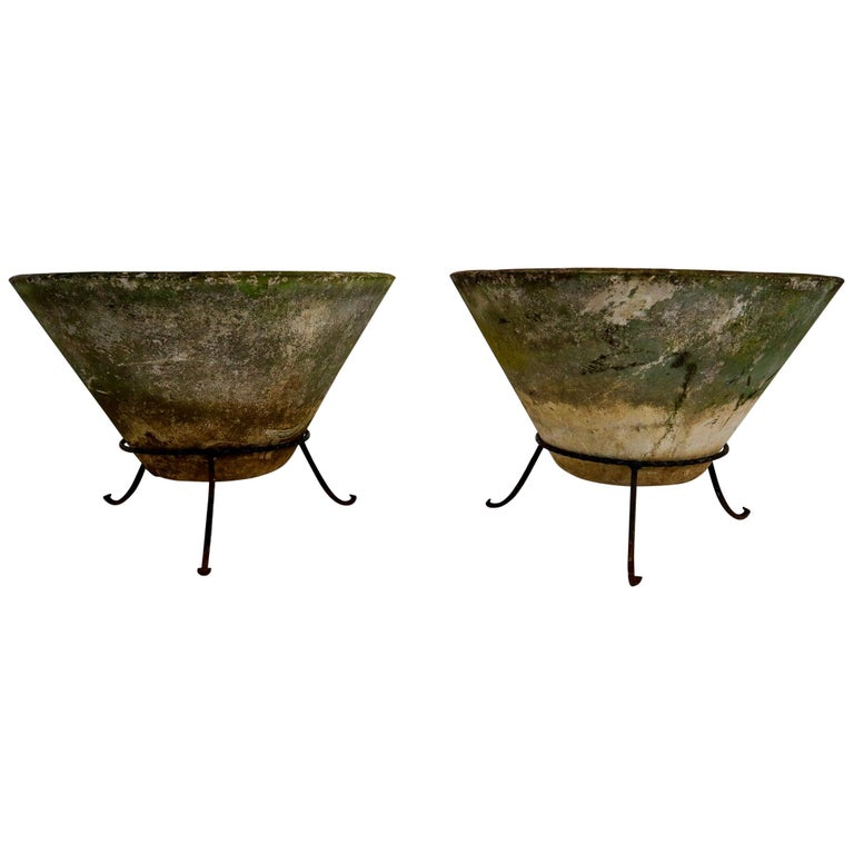 Large Willy Guhl Garden Stone Planters on Stands, Switzerland, 1960s For Sale