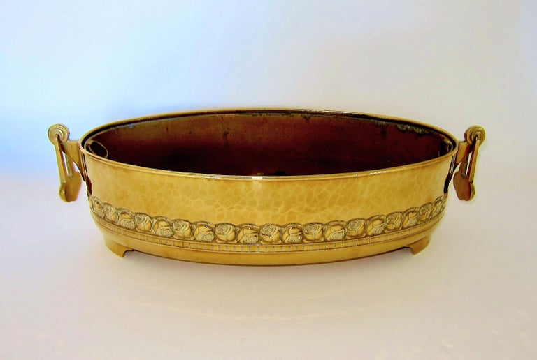 20th Century Large WMF Art Nouveau Oval Planter in Golden Yellow Brass, circa 1910