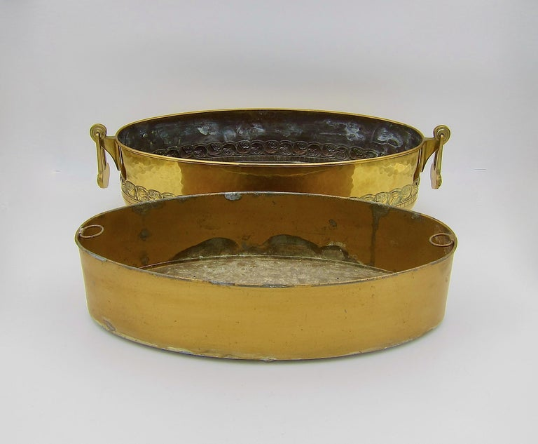 Large WMF Art Nouveau Oval Planter in Golden Yellow Brass, circa 1910 4