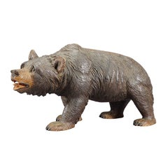 Large Wooden Strolling Bear Carved in Brienz, ca. 1920