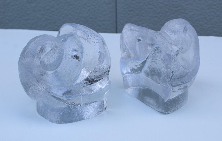 Lars Hellsten for Orreford Glass Elephant Bookends For Sale 2