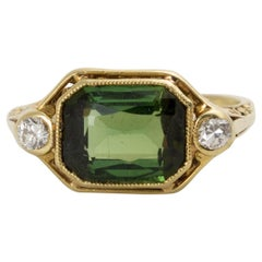 Larter & Son Art Deco Green Tourmaline Filigree 18 Karat Gold Diamond Ring