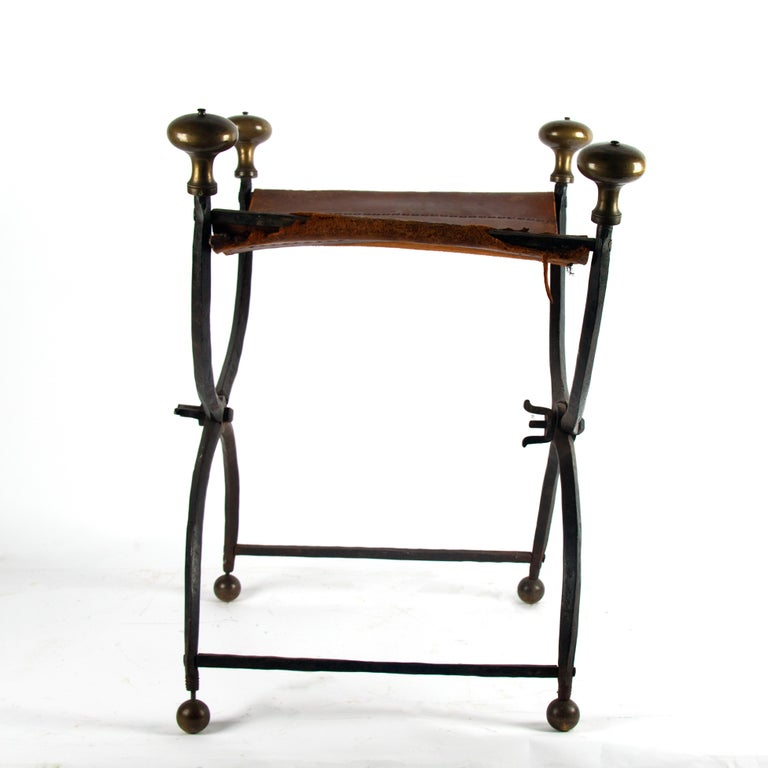 Late 16th Century Renaissance Wrought Iron Stool In Fair Condition For Sale In Esbeek, NL