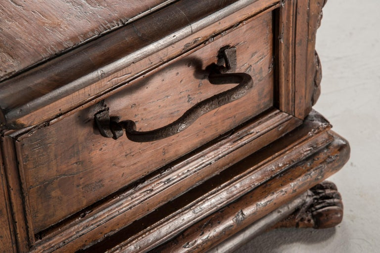 European Late 16th Century Walnut Wood Chest For Sale