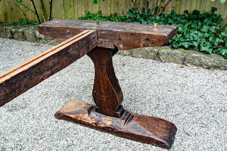 Late 16th-Early 17th Century Welsh Oak Refectory Table For Sale 1
