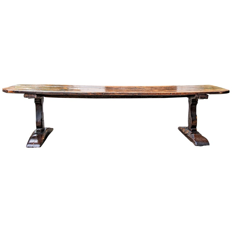 Late 16th-Early 17th Century Welsh Oak Refectory Table For Sale