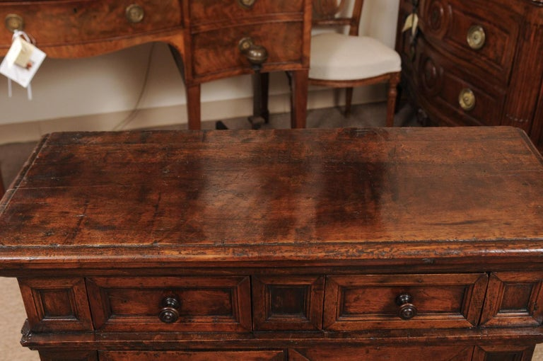 Late 17th Century Italian Baroque Walnut Credenza For Sale 4