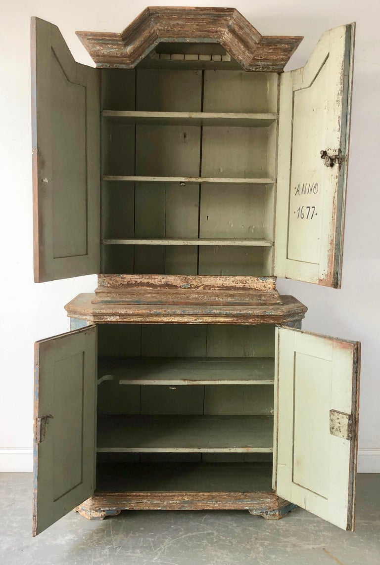 Late 17th Century Swedish Baroque Cabinet In Good Condition For Sale In Charleston, SC
