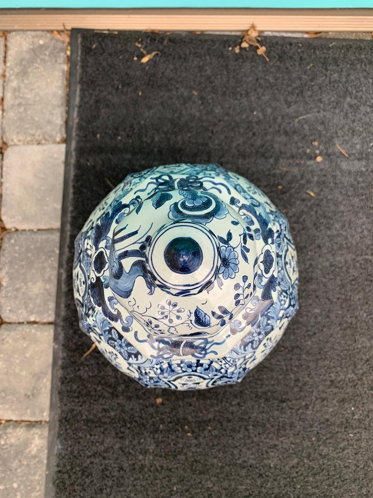 Late 17th-Early 18th Century Delft Blue & White Jar, Marked Pieter Van Der Briel For Sale 1