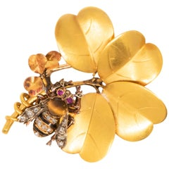 Late 1800s French Art Nouveau Bumble Bee & 4 Leaf Clover 18k Gold Diamond Brooch