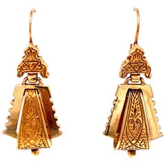 Late 1800s Victorian Dangle Engraved Earrings 14 Karat Yellow Gold