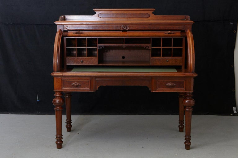 English Walnut Cylinder Desk with Pullout Writing Surface, circa 1870 For Sale 1