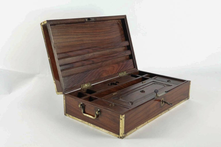 Late 18th Century Amarante Officer's Letter Box, circa 1780 For Sale 1