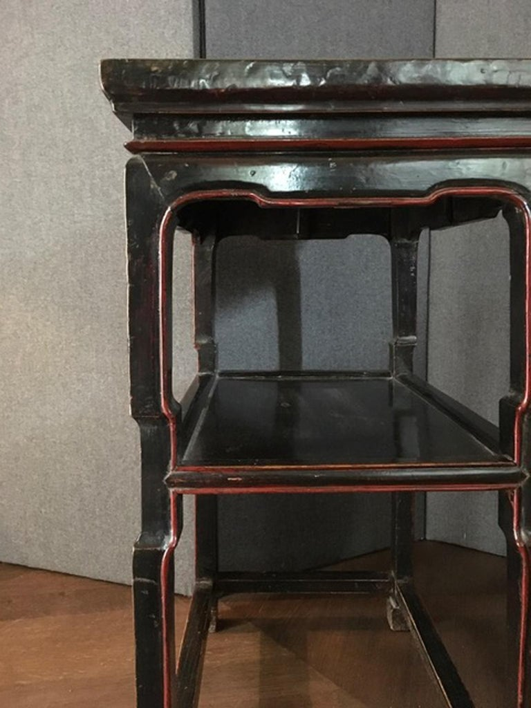 Late 18th Century Chinese  Export  Side Table in Black and Red For Sale 4