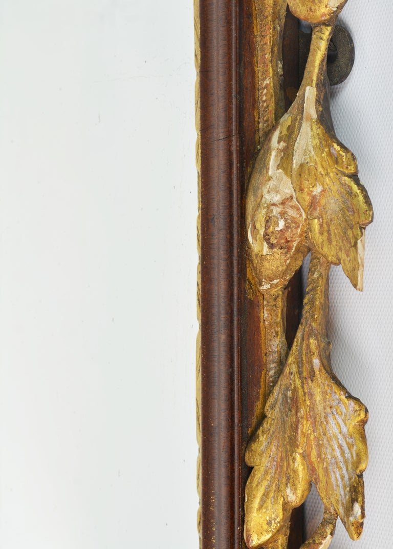 Late 18th Century English Chippendale Carved Mahogany and Parcel Gilt Mirror For Sale 4