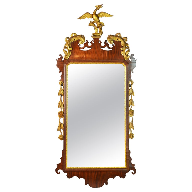 Late 18th Century English Chippendale Carved Mahogany and Parcel Gilt Mirror For Sale