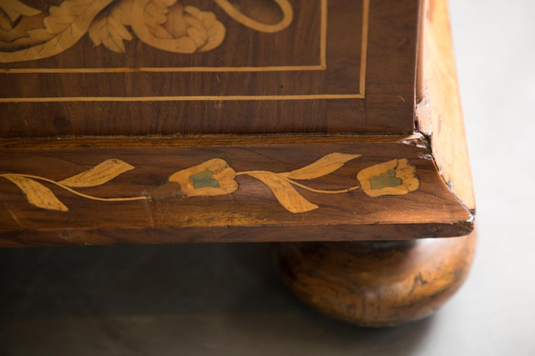 Late 18th Century English Walnut Marquetry Cabinet For Sale 6