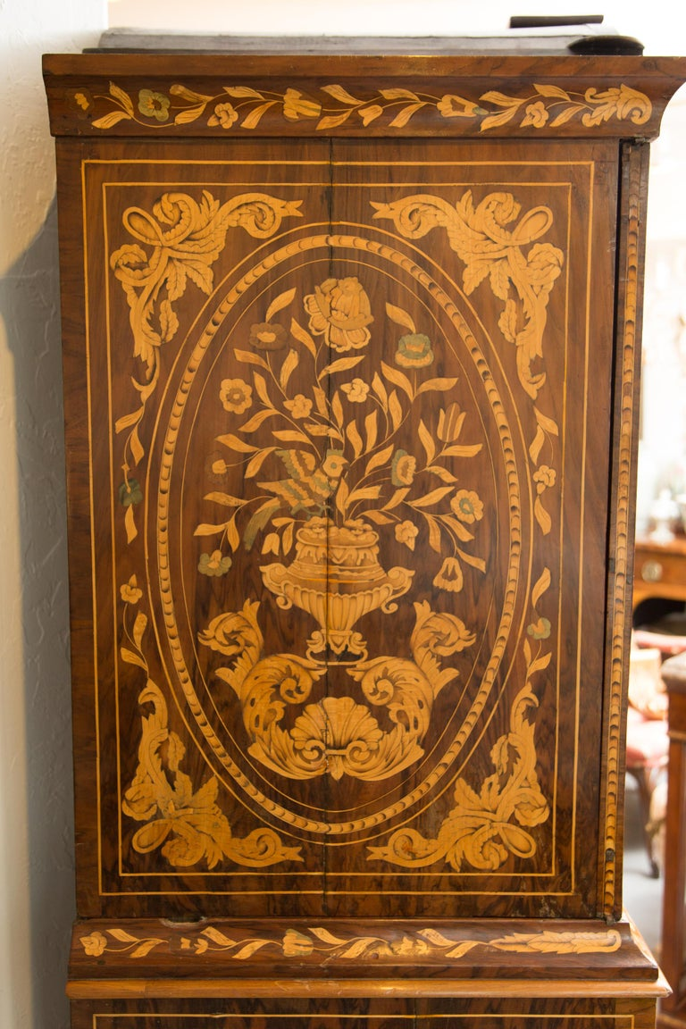 Late 18th Century English Walnut Marquetry Cabinet For Sale 8
