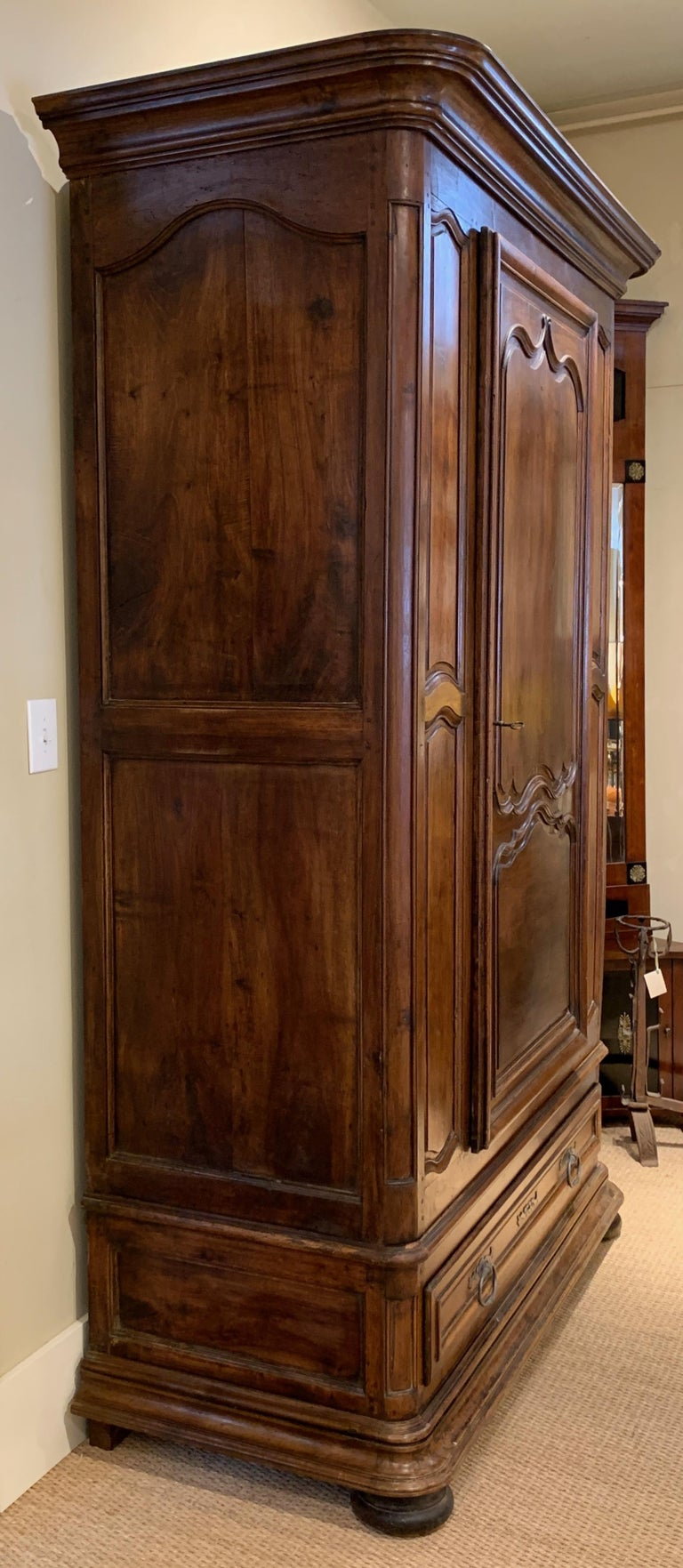 Late 18th Century French Armoire For Sale 5