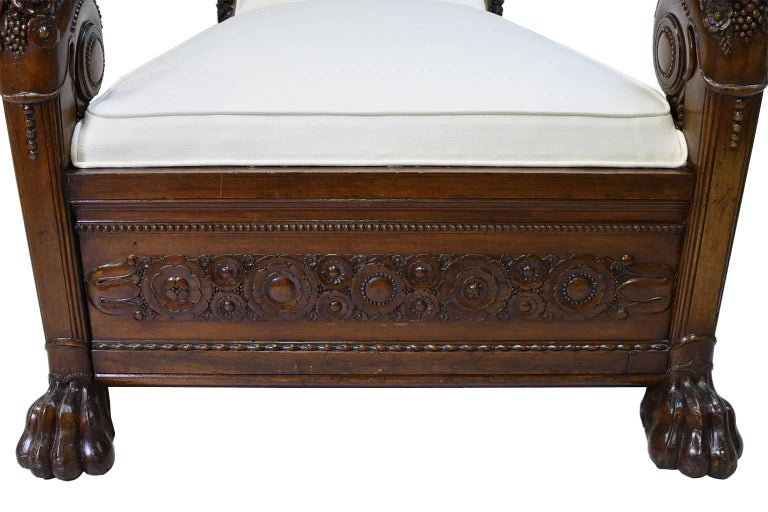 Late 18th Century French Directoire Daybed in Carved Mahogany with Upholstery For Sale 6