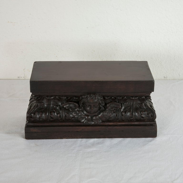 Hand-Carved Late 18th Century French Hand Carved Oak Tabletop Pedestal or Plinth with Angel For Sale