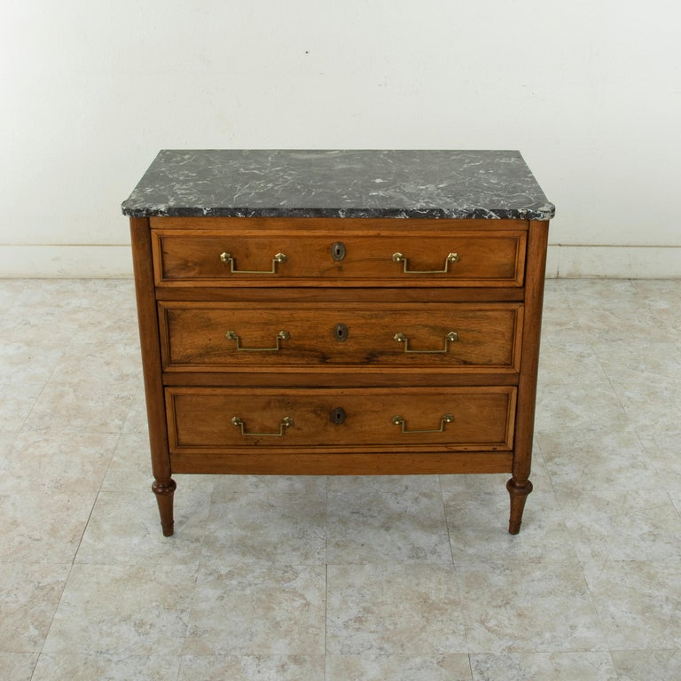 Late 18th Century French Louis XVI Period Walnut Commode or Chest with Marble In Good Condition For Sale In Fayetteville, AR