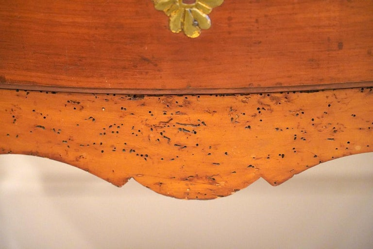 Late 18th Century French Provincial Cherry Serpentine One Drawer Console Table For Sale 2