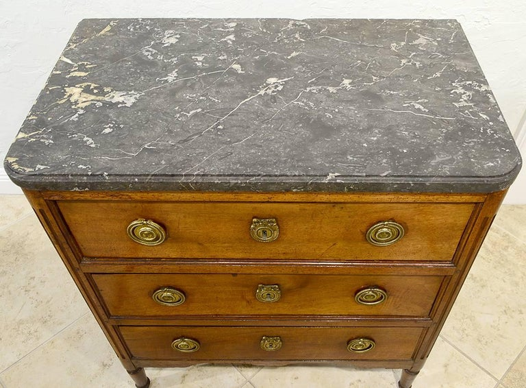 Late 18th Century French Provincial Louis XVI Three-Drawer Marble-Top Commode For Sale 2