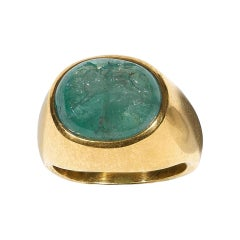 Late 18th Century Gold and Emerald Intaglio Griffin Ring
