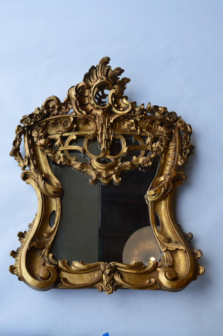 Late 18th century hand carved giltwood mirror. Italian.