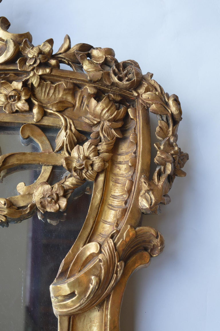 Late 18th Century Hand Carved Wood Mirror For Sale 1