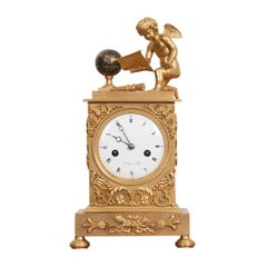 Late 18th Century Le Roi à Paris Fire-Gilded Bronze Mantel Clock