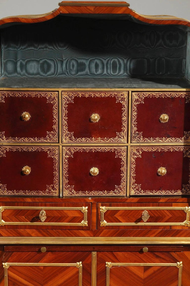 18th Century and Earlier Late 18th Century Louis XVI Cartonnier Desk For Sale