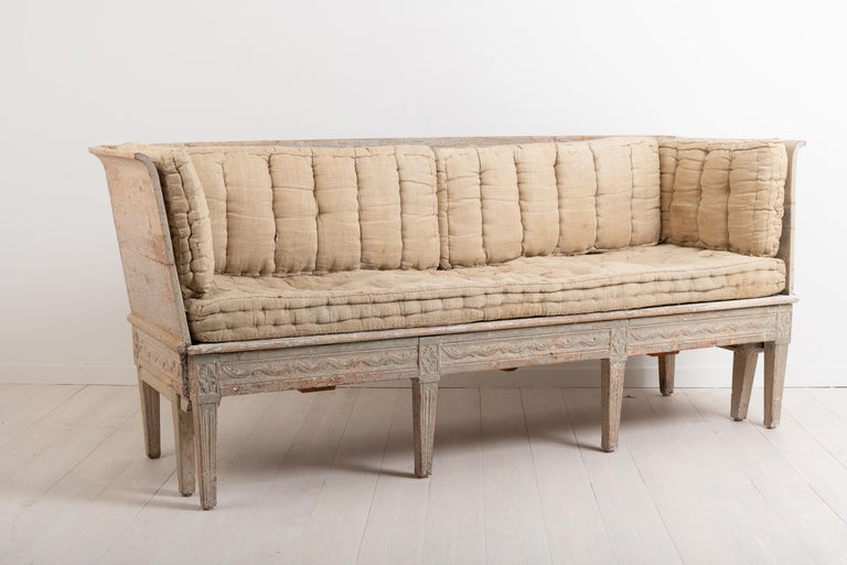 Hand-Crafted Late 18th Century Neoclassic Swedish Sofa For Sale